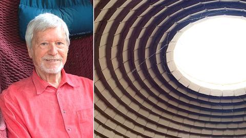 Gernot Minke und die Kuppel seines Wohnhauses.