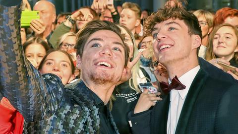 Lochis - Selfie mit Fans
