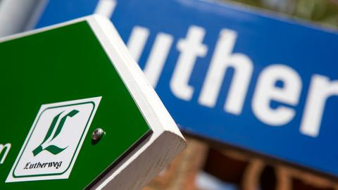 Schild: Lutherweg