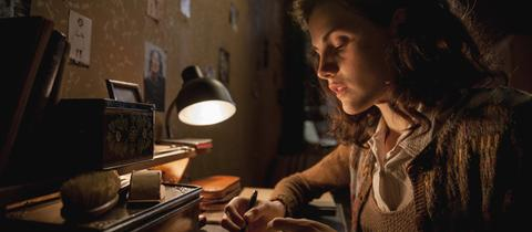 Schauspielerin Mala Emde als Anne Frank