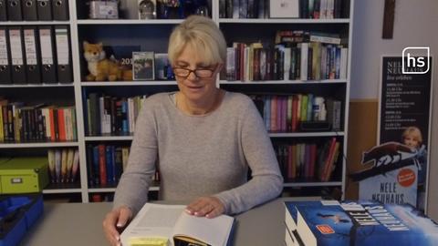 """Nele Neuhaus liest aus ihrem Buch """"Mutetrtag""""."""