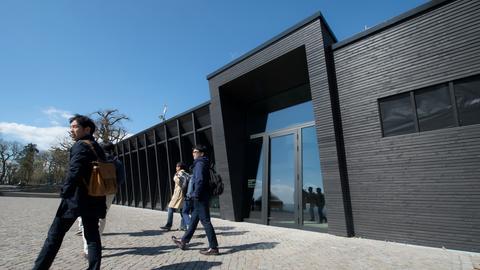Besucherzentrum am Niederwalddenkmal in Rüdesheim