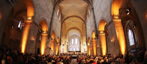 Das hr-Sinfonieorchester bei der Eröffnung des Rheingau Musik Festivals 2014.
