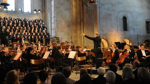 Traditionell eröffnet das hr-Sinfonieorchester das Rheingau Musik Festival