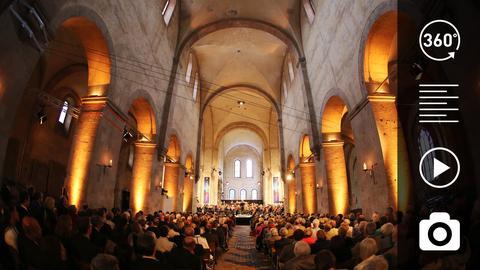Das Kloster Eberbach bei einem Konzert des Rheingau Musik Festivals