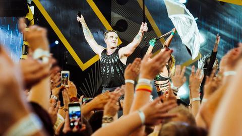 Robbie Williams 2017 auf der hr3-Bühne in der Commerzbank Arena