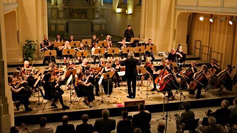 Konzert des Internationales Jugendorchesters Darmstadt in der Nikolaikirche der Partnerstadt Freiberg.