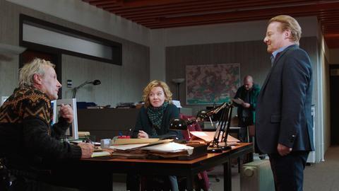 Auch Staatsanwälte haben Gefühle: Brix und Janneke im Gespräch mit Staatsanwalt Bachmann (Werner Wölbern)