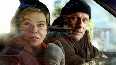 Frieren sehr: Die Kommissare Anna Janneke (Margarita Broich) und Paul Brix (Wolfram Koch)