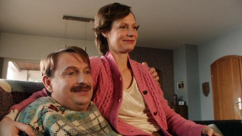 Ende gut, alles gut? Hajo Lohmann (Peter Trabner) und seine Frau Biggi (Katharina Marie Schubert)