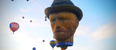 Heißluftballon in Form einer Van Gogh-Büste