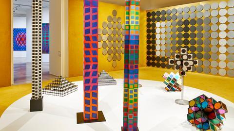 """Ausstellungsansicht """"Victor Vasarely. Im Labyrinth der Moderne"""""""