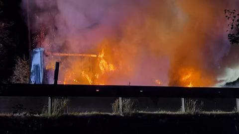 Brennender Lkw auf der A4