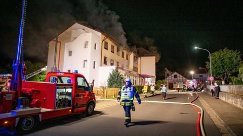 Feuer in leerstehendem Hotel ausgebrochen