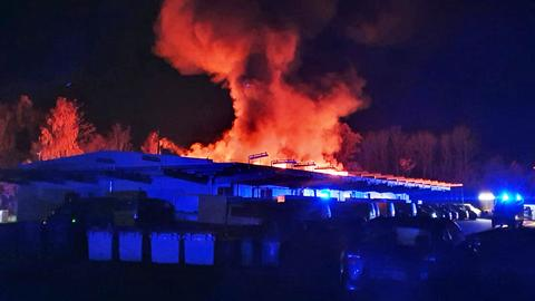 Brand in einem Postverteilzentrum in Alsfeld.