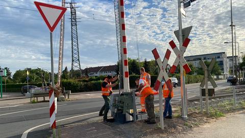 Frankfurt Nied Bahnübergang