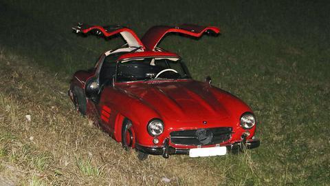 Der beschädigte Mercedes-Oldtimer