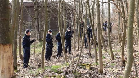 Polizei Durchsuchung Hammersbach Waldstück