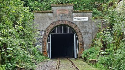 Tunnel bei Wald-Michelbach auf der stillgelegten Strecke der Überwaldbahn