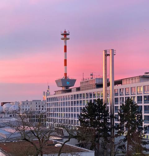 Sonnenaufgang über dem hr-Gelände