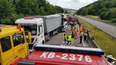 Stau nach Lkw-Unfall auf A44