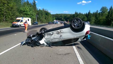 Auf der A7 überschlug sich ein Auto.