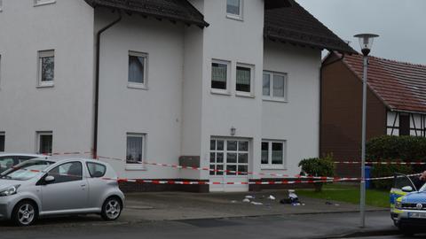 Die Polizei hat im nordhessischen Allendorf einen Mann angeschossen.