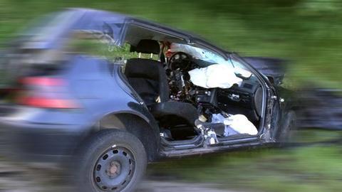 Auto nach einem Unfall mit Totalschaden