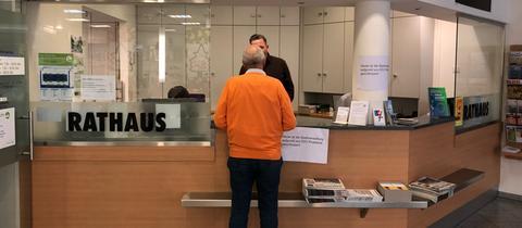 Im Bad Homburger Stadtbüro herrschte am Freitag gezwungenermaßen gemütlicher Betrieb.