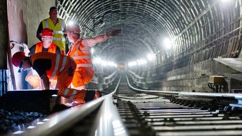 Arbeiten im Frankfurter S-Bahntunnel