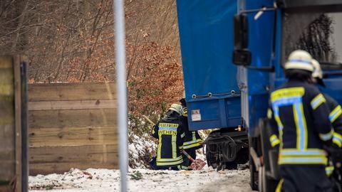 Feuerwehrleute an der Unfallstelle
