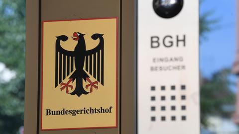Schild Bundesgerichtshof (BGH) in Karlsruhe