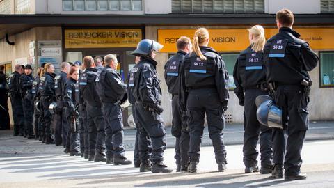 bilder-darmstadt-eintracht-innenstadt-polizei