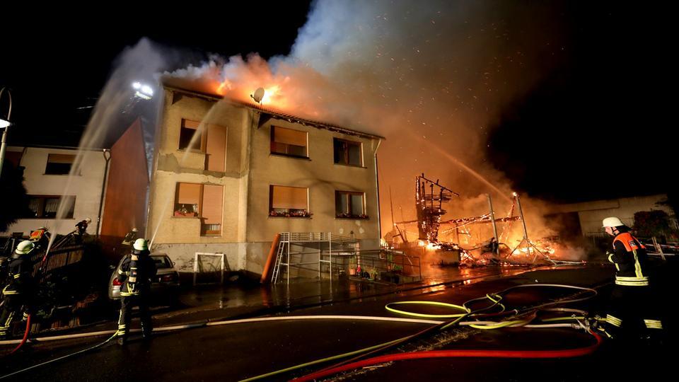 Euro schaden bei gro brand eintracht remis im for Villa eintracht