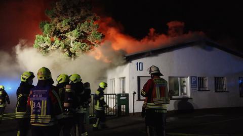 Brennende Lagerhalle in Linsengericht