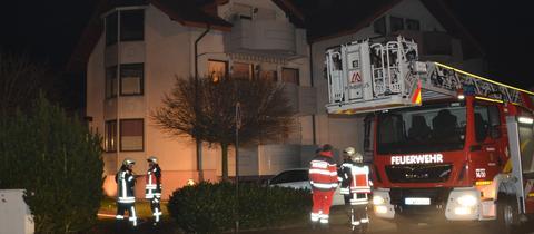 Feuerwehrauto am Brandort in Pohlheim.