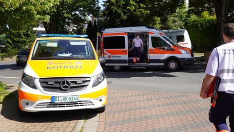 Notarzt-Einsatz bei einem Brand in einem Mehrfamilienhaus in Reinheim