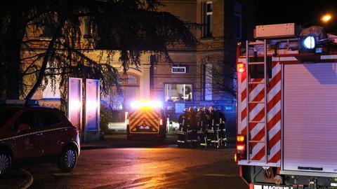 Feuerwehreinsatz vor Klinik in Riedstadt