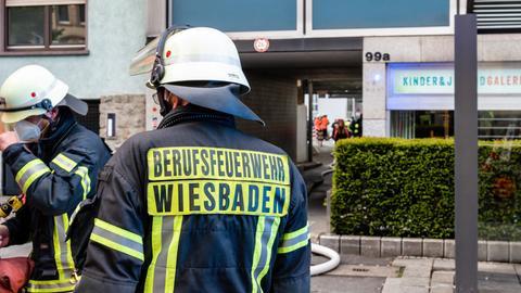Feuerwehreinsatz bei einem Brand in Wiesbaden