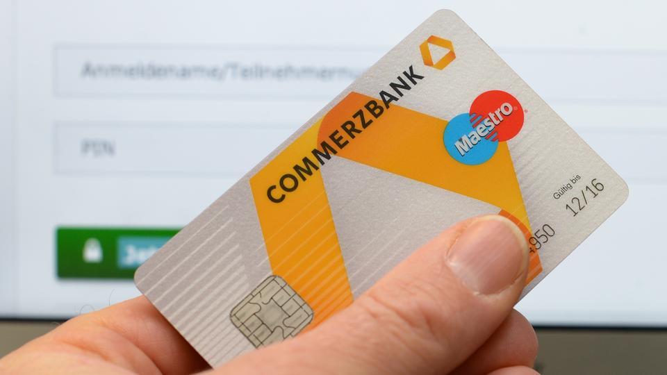 commerzbank cash card trendy commerzbank frankfurt with commerzbank cash card ecp via. Black Bedroom Furniture Sets. Home Design Ideas