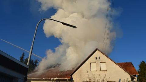 Dachstuhlbrand in Fronhausen