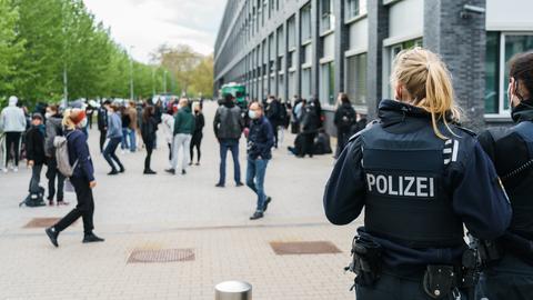 Demonstration Frankfurt Polizeipräsidium