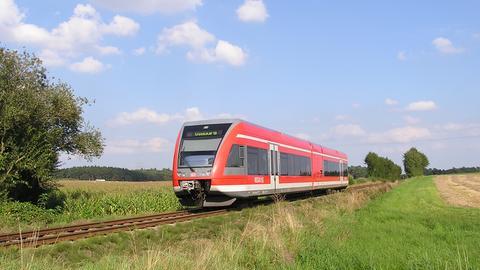 Zug der Dreieichbahn.