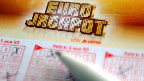 Ein ausgefüllter Eurojackpot-Tippschein