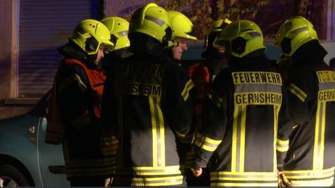 Feuerwehrleute in Gernsheim.