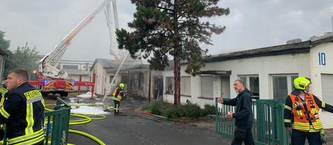 Feuerwehreinsatz bei Lagerhalle in Linsengericht