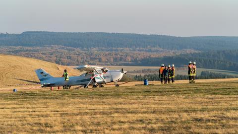 Das Unglücksflugzeug am Sonntag auf der Wasserkuppe.