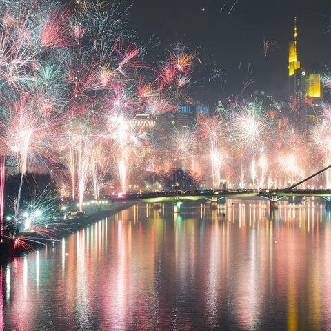 Feuerwerk über Frankfurt.