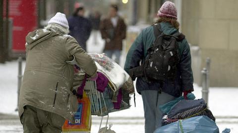 Obdachlose unterwegs in Frankfurt