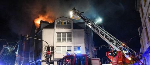 Löscharbeiten in Gelnhausen